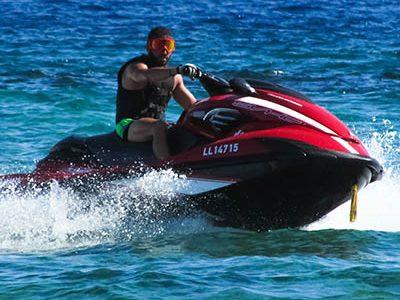 man-beach-sea-water-sport-summer-601721-pxhere.com_